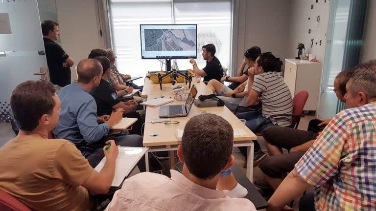 curso topografía con drones aula tercera aerocamaras