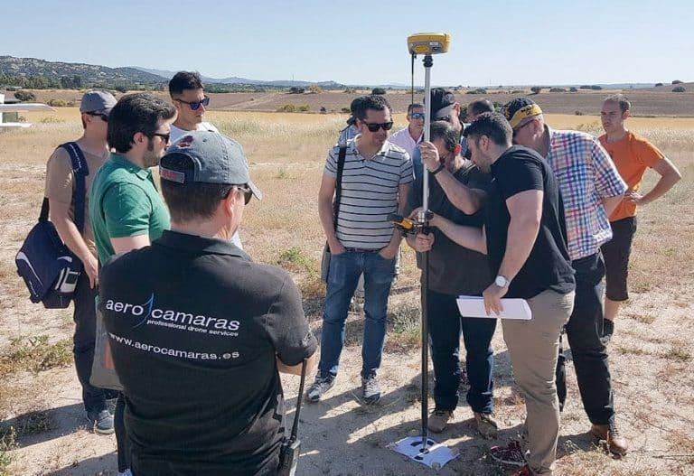 curso topografía con drones campo de vuelo tercera aerocamaras