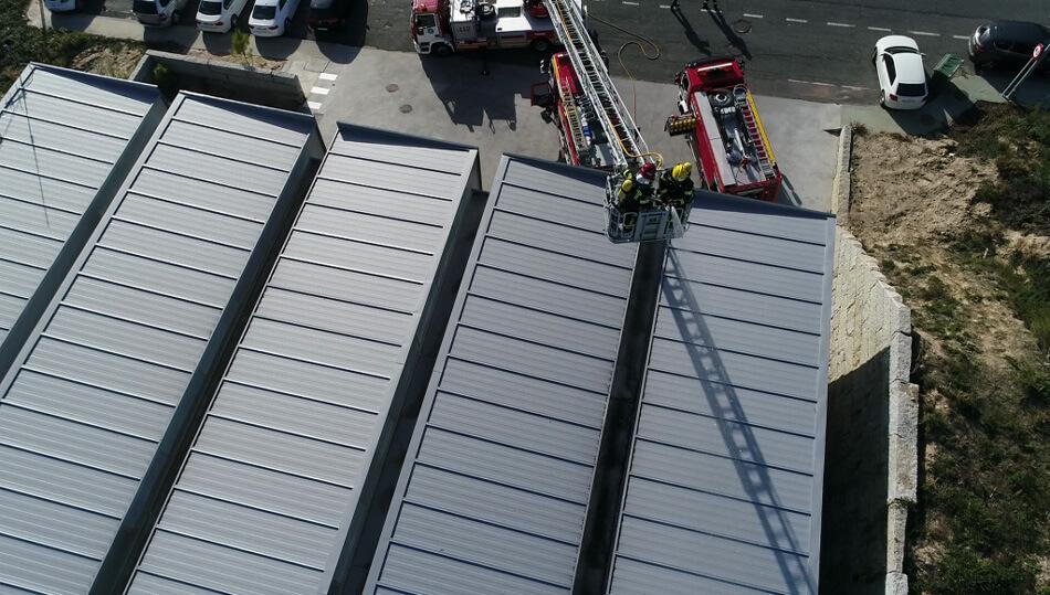 Colaboración con bomberos en curso de drones en emergencias