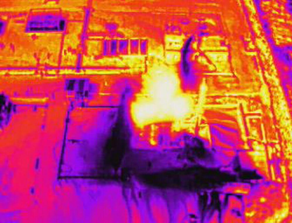 Imagen térmica en curso de drones en emergencias